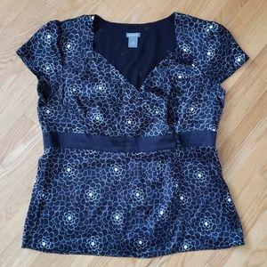 Ann taylor women 100% silk floral wrap blouse top
